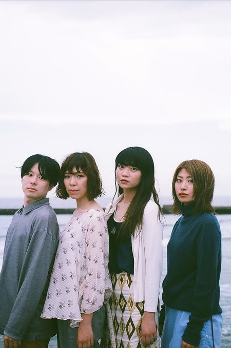 "Homecomingsが新作『WHALE LIVING』よりネオアコ名曲な""Hull Down""を公開!"